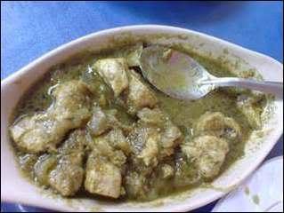 Green chicken curry, chicken hara masala
