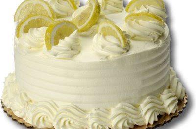 Lemon Cream Cake For Christmas