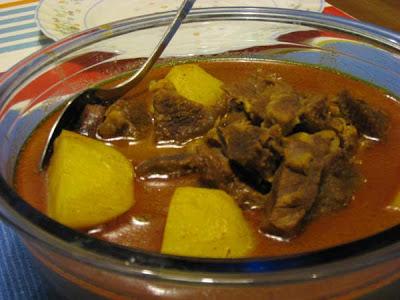 Aloo Gosht-Beef Stew