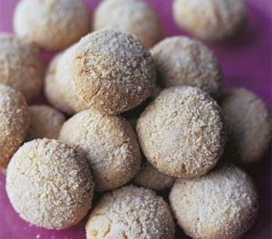 Butter Almond Cookies