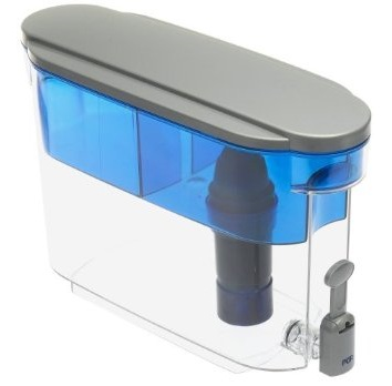 PUR stage water dispenser