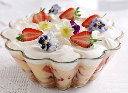 how to make fruit trifle with custard in urdu