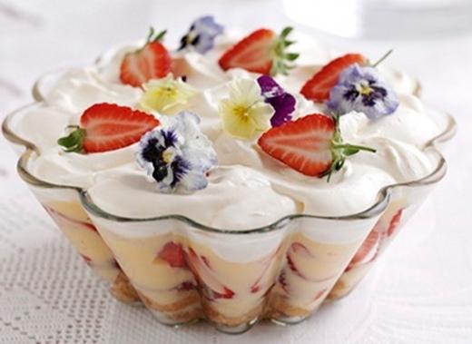 Trifle Strawberry
