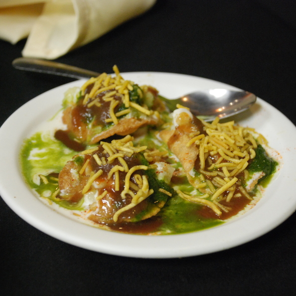 Samosa Chaat   RecipeDose - Quick And Easy Cooking Recipes ...