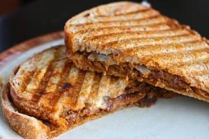 BBQ chicken panini