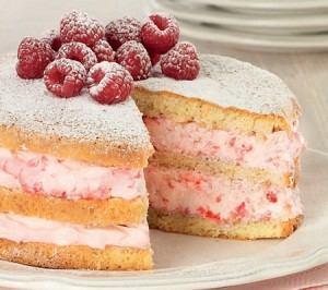 Genoise Cake with Raspberries